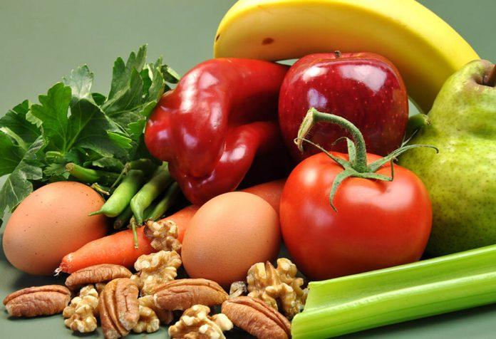 आरोग्यकारक आणि पोषक अन्नपदार्थ खा