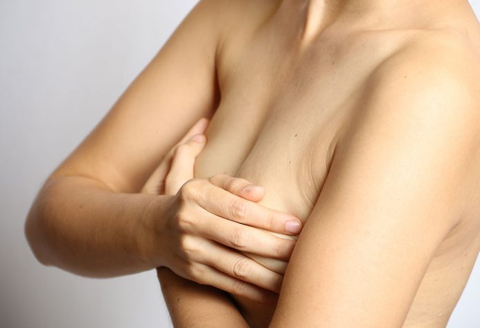 How to Deal With Leaky Breasts