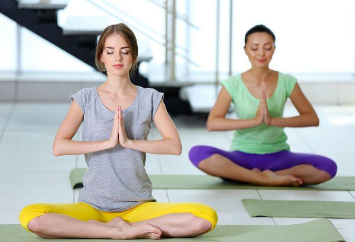 16 Simple Yoga Asanas to Increase Fertility in Women