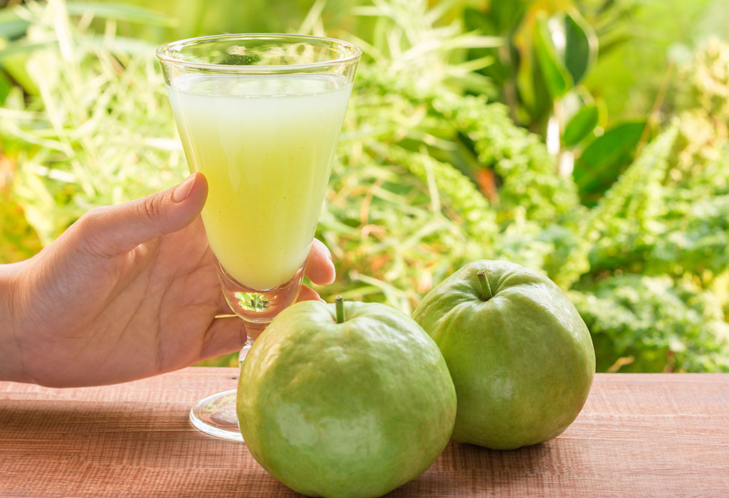 Guava During Pregnancy – Benefits & Side Effects