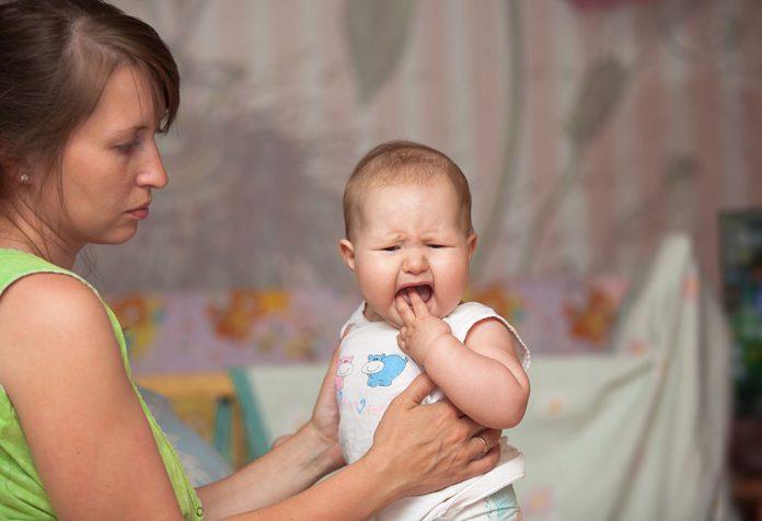 शिशुओं में हाथ, पैर और मुंह की बीमारी