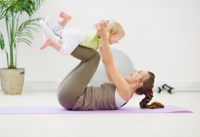 व्यायाम करते समय पेट की मांसपेशियों के साथ कैसे सावधान रहें