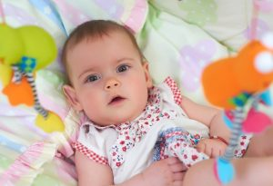 When Do Babies See Colour?