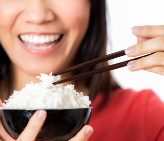 Must-Know Benefits & Risks of Eating Rice During Pregnancy