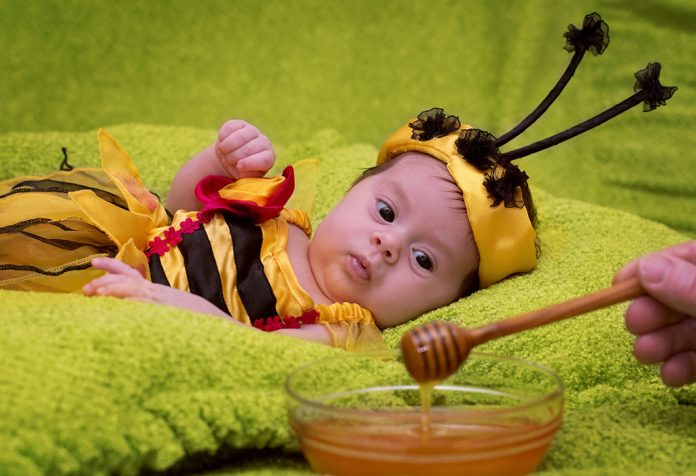 Honey for babies – Is it safe, benefits and more