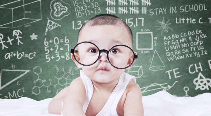 15 Signs of an Intelligent Baby
