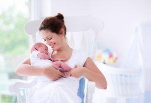 Chairhold on newborn