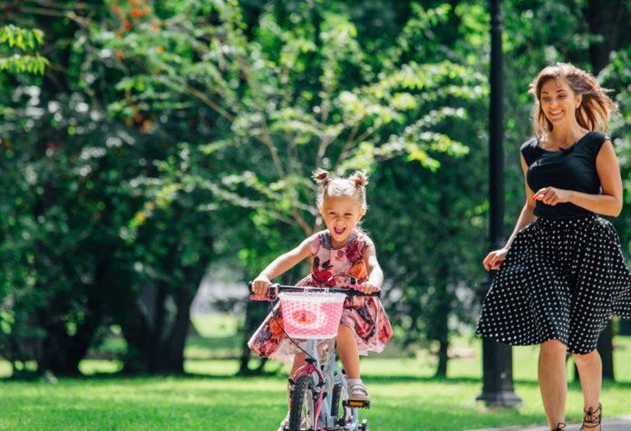 15 Fun and Interesting Outdoor Activities for Kids