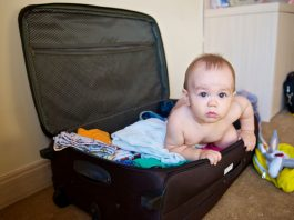 Travelling With an Infant: Things You Must Not Ignore