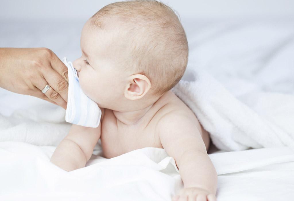 बाळांमधील सर्दीची लक्षणे