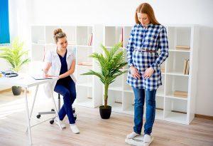 Pregnant women weight checkup