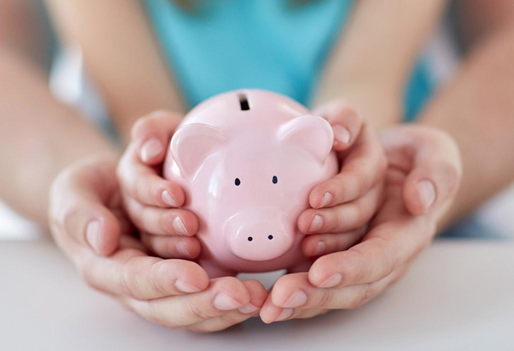 रुपये-पैसे को लेकर ज़िम्मेदार बनाएं