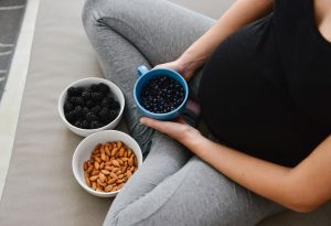 Is It Safe to Eat Blueberries During Pregnancy?