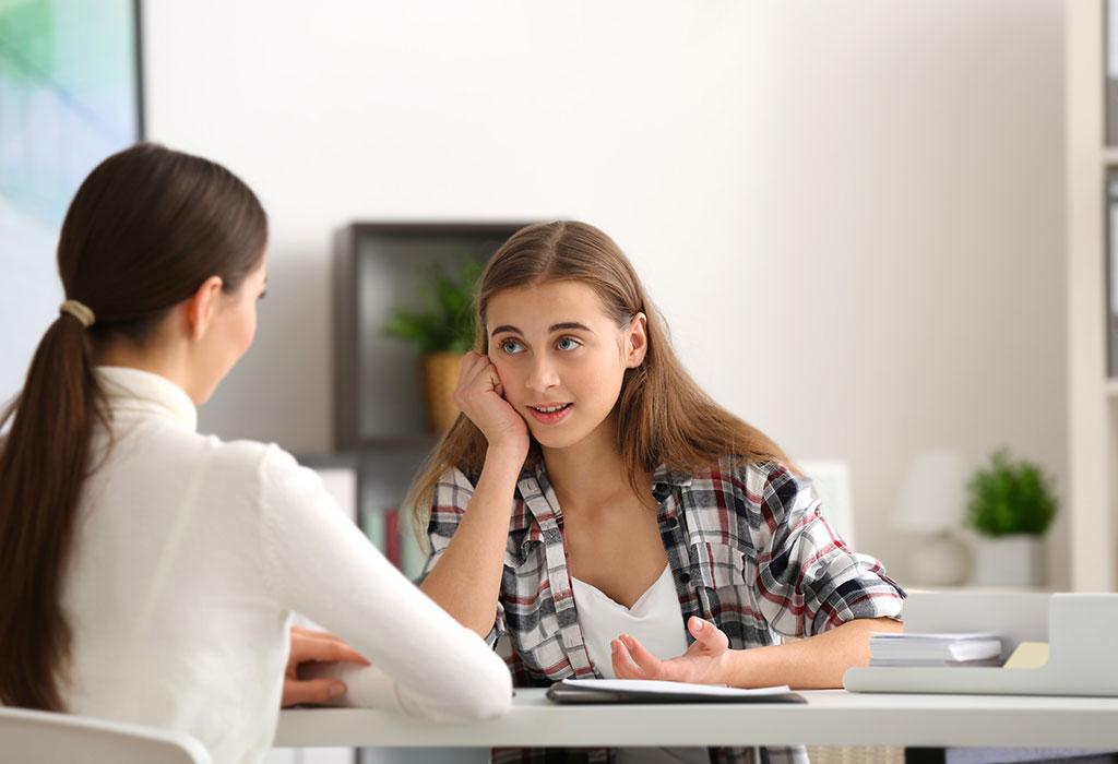 आपको कब स्त्री रोग विशेषज्ञ से परामर्श लेना चाहिए?