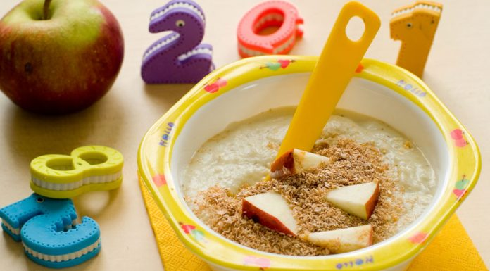 Oats for Babies - Health Benefits & Recipes