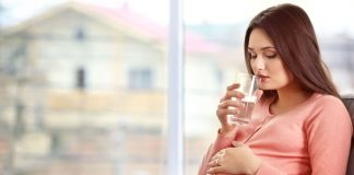 Reasons of Thirst during Pregnancy & Tips to deal With It