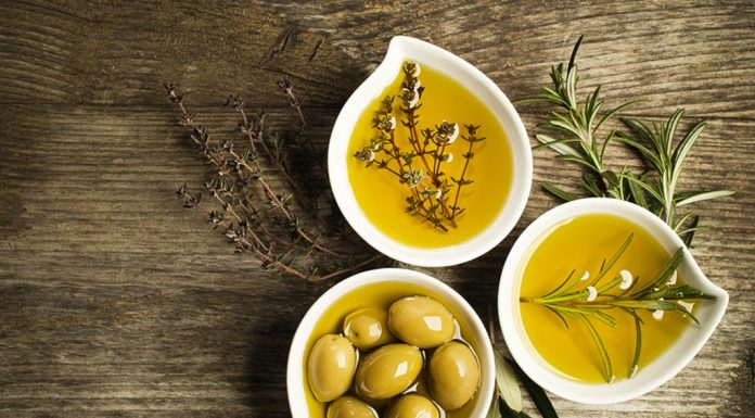 Using Olive Oil for Baby: Nutritional Value, Benefits & Precautions