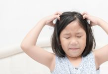 How to Deal with Dandruff in Kids