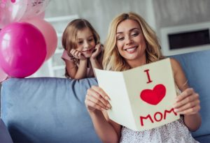 30 Beautiful Mother's Day Wishes From a Daughter