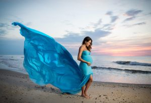 Maternity Photoshoot in Dress with Long Tail