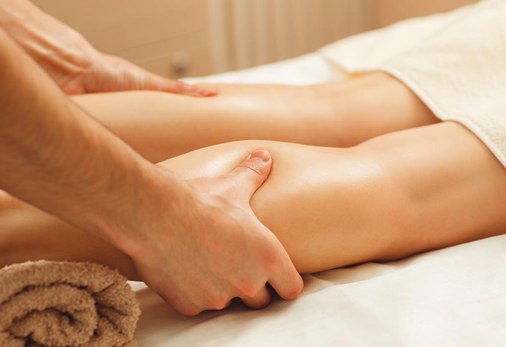 A woman getting an acupressure massage