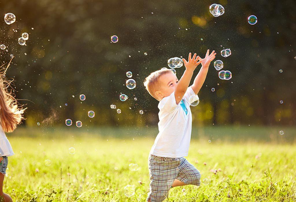 Photoshoot idea with bubbles