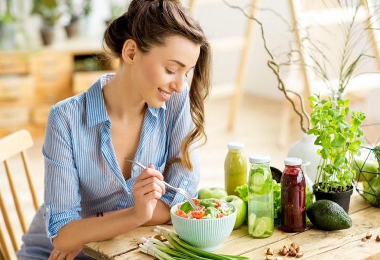 गर्भधारणेच्या दुसर्या महिन्यातील आहार (५-८ आठवङे)