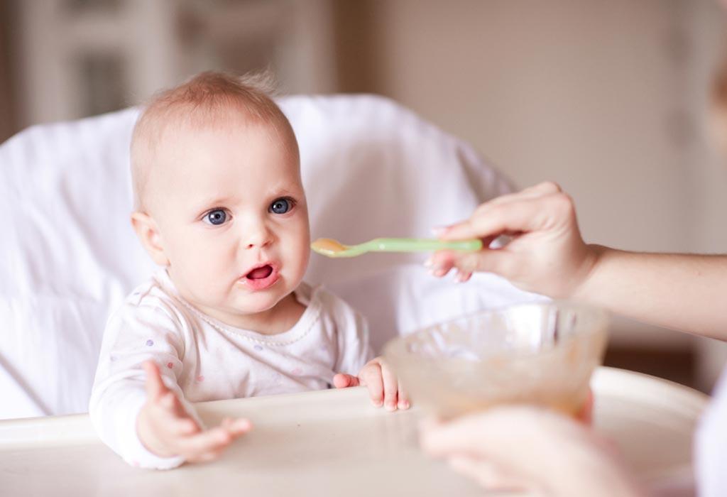 बाळासाठी सफरचंदाची प्युरी कशी करावी?