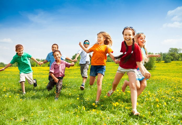 10 Amazing Benefits of Outdoor Games for Kids