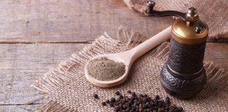 Black Pepper During Pregnancy - Health Benefits & Side Effects