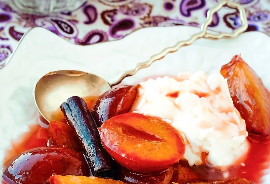 Yoghurt and plums