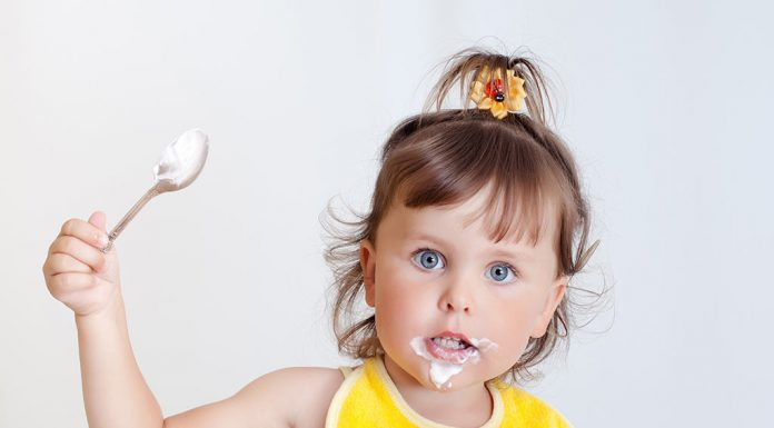 Yoghurt for Kids - Benefits, Risks and Recipes