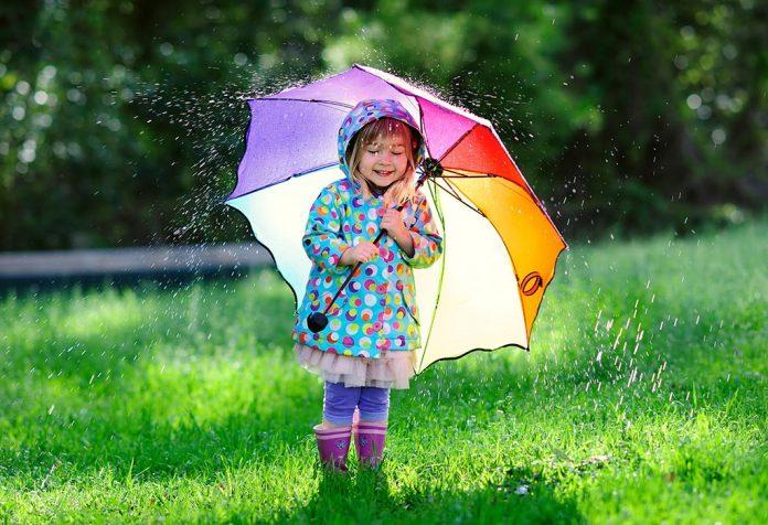 10 Rainy Day Essentials for Children