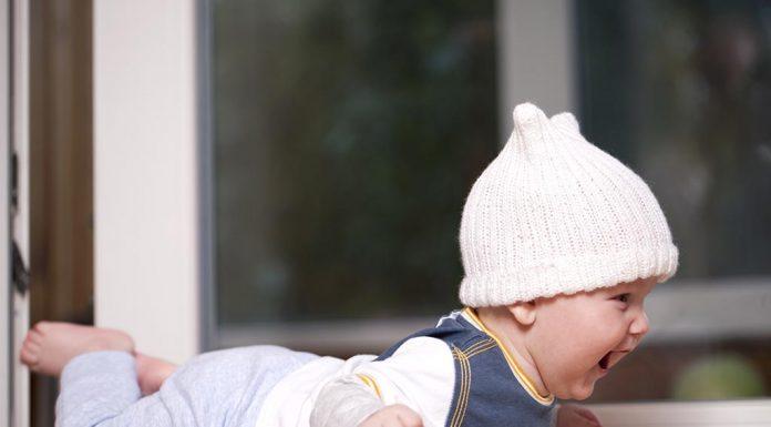 Your 18 Week Old Baby - Development, Milestones & Care