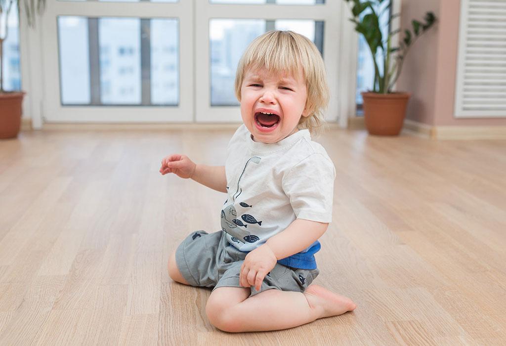 बेबी व्हाइनिंग क्या है?