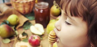 Honey for Kids - Health Benefits and Precautions