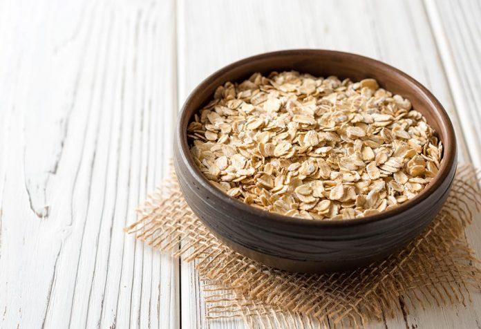 Is Oats Good for a Breastfeeding Mother?