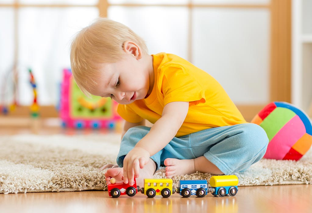 Solitary Play in Early Childhood: Types, Benefits and Tips