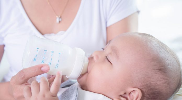 Paced Bottle Feeding - Benefits and Safety Guidelines