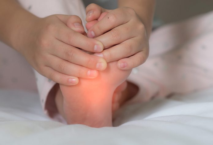 Foot Pain in Children - Causes and Home Remedies