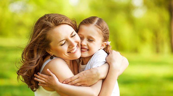 10 Reasons to Hug Your Kid Everyday