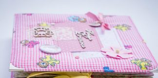Baby Scrapbook Ideas - Moments to Include in Your Baby Book