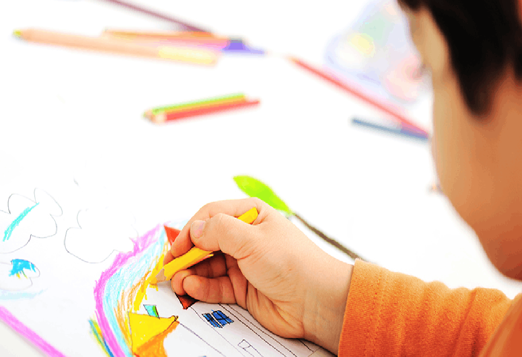6 Genius Ideas To Teach Kids To Color Within The Lines