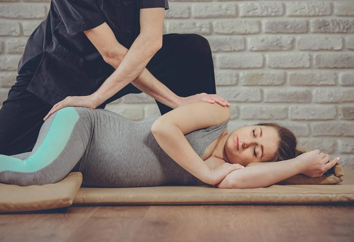 Chiropractor in Pregnancy - Benefits and Safety