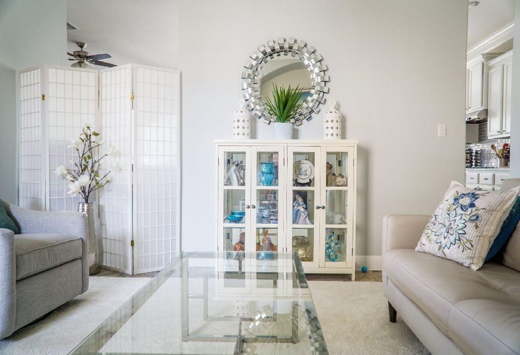 5 Ways To Avoid Splurging On Home Decor Items