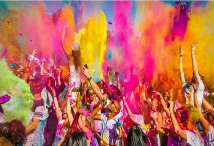 Best Holi Songs of 2019 For A Rocking Holi Party
