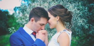 How strong is your marriage? Find out with our Romance Quiz!