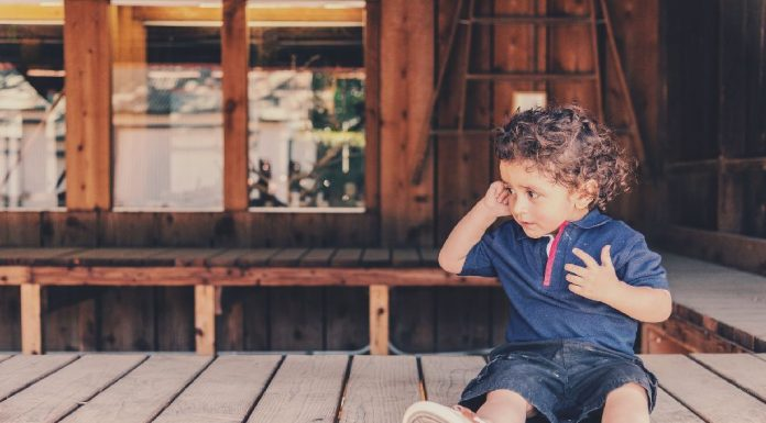 How to Deal With Buttons and Zips in Preschooler
