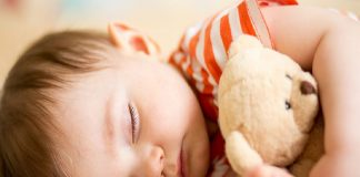 Sleeping with soft toy is dangerous for baby