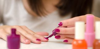the easiest way to do a perfect home manicure in 8 quick steps